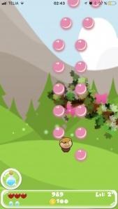 PROJEKT MÅL En spel app där man ska ta sig uppåt och pricka bubblor och mynt för att ta sig vidare. LÖSNING Telefonens inbyggda gyro användes för att styra figuren och iPhones spelmotor SpriteKit, användes för att utveckla spelet med effekter och powerups.